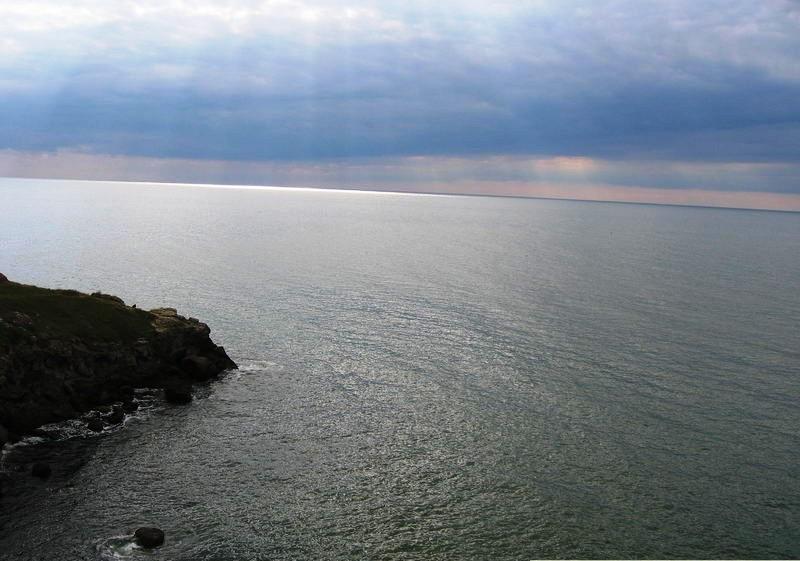 Море в Щелкино мыс Казантип