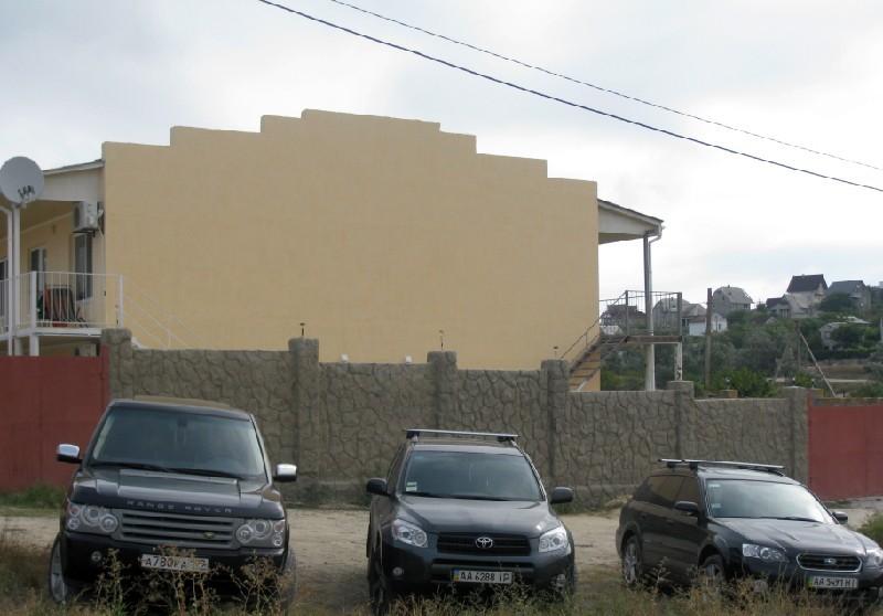Стоянка (парковка) в коттедже Щелкино